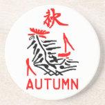 Práctico de costa del otoño de Mahjong, fondo blan Posavasos Para Bebidas