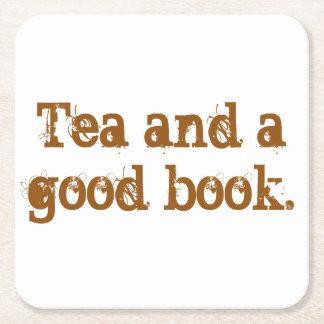 """Práctico de costa del """"té y de un buen libro"""" posavasos desechable cuadrado"""