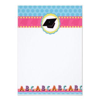 Preescolar caprichoso de los puntos/graduación de invitación 12,7 x 17,8 cm