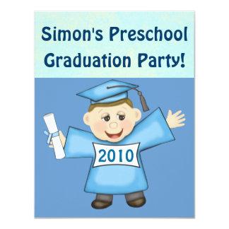 Preescolar de los muchachos/fiesta de graduación comunicado