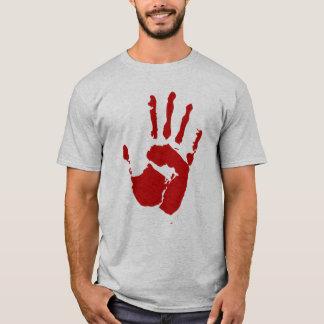Preste una camisa de la huella dactilar de la mano