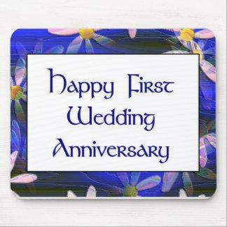 Primer aniversario de boda feliz alfombrilla de raton