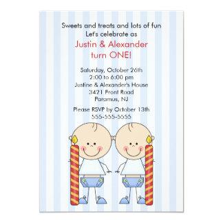 Primer cumpleaños de los muchachos gemelos invitación 12,7 x 17,8 cm