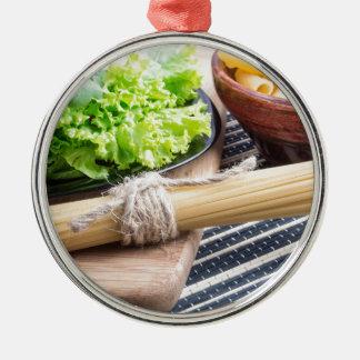 Primer de la visión en las pastas y los espaguetis adorno de cerámica
