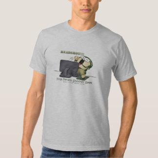 Primer friki de la pistola de la persona camiseta