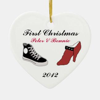 Primer ornamento del navidad del zapato del navida adorno