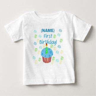 Primer personalizable del cumpleaños de la camiseta de bebé