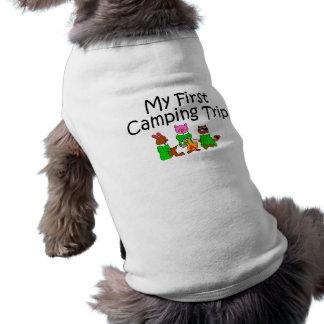 Primera acampada que acampa camiseta sin mangas para perro