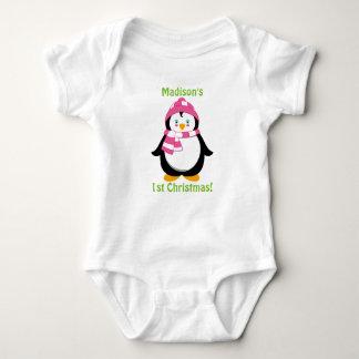 Primera camisa del navidad del bebé, pingüino