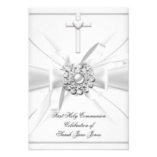 Primera cruz de plata blanca de la comunión santa comunicado