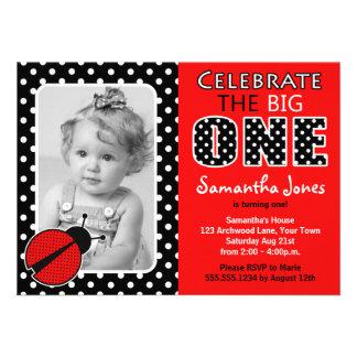 Primera fiesta de cumpleaños de la mariquita invitaciones personalizada