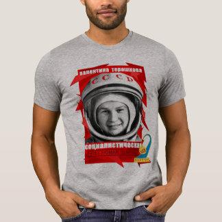 PRIMERA MUJER de Valentina Tereshkova EN ESPACIO Camiseta