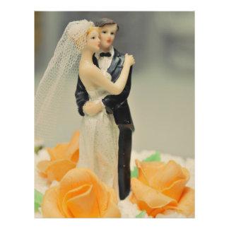 Primero del pastel de bodas de novia y del novio flyer personalizado