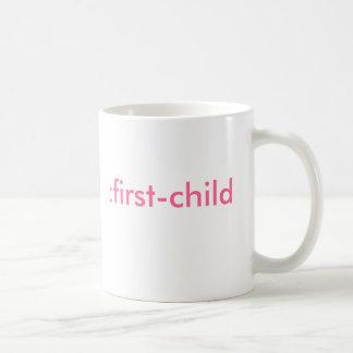 : primero-niño (es un chica) tazas de café