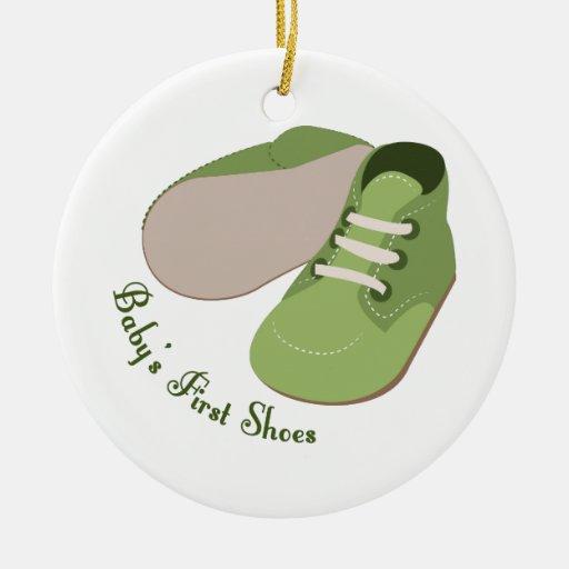 Primeros zapatos ornamentos de reyes
