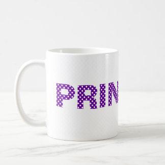 Princesa en taza púrpura