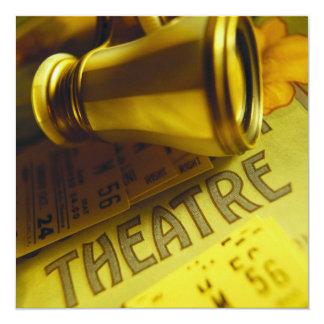 Prismáticos del teatro invitación 13,3 cm x 13,3cm