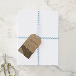Profesional poligonal geométrico del diseño del etiquetas para regalos