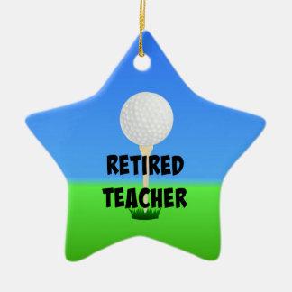 Profesor jubilado - pelota de golf en camiseta adorno navideño de cerámica en forma de estrella