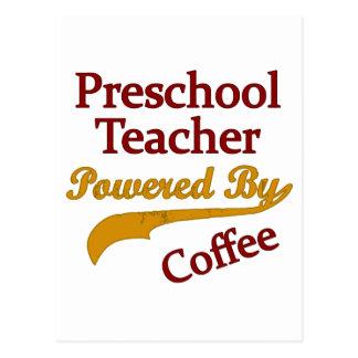 Profesor preescolar accionado por el café tarjetas postales