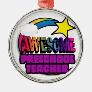Profesor preescolar impresionante del arco iris de ornato