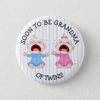 Pronto para ser abuela del botón de los gemelos
