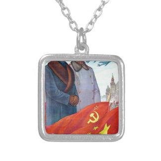 Propaganda original Mao Zedong y Joseph Stalin Collar Plateado