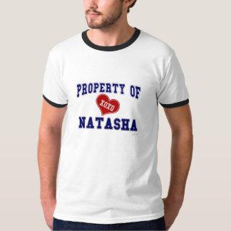 Propiedad de Natasha Camiseta