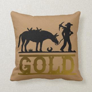 Prospector del oro con su color cojín decorativo