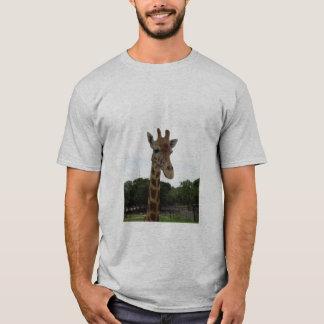 protección de la jirafa camiseta