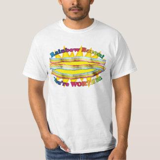 ¡Pruebe el ARCO IRIS! (tocino) Camisetas