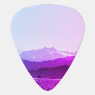 Púa de guitarra de las montañas púrpuras