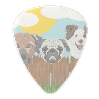Púa De Guitarra De Policarbonato Perros afortunados del ilustracion en una cerca de