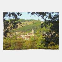 Pueblo medieval de la toalla de té de Plazac