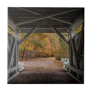 Puente cubierto del camino de Everatt Azulejo Cuadrado Pequeño