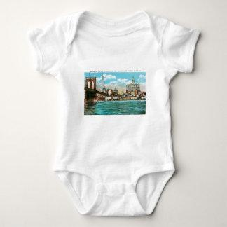 Puente de Brooklyn, Woolworth y Municipal… Camisetas