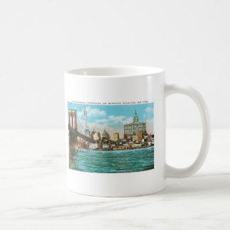 Puente de Brooklyn, Woolworth y Municipal… Taza De Café