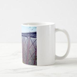 Puente de garganta de nuevo río tazas de café
