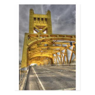 Puente de la torre de Sacramento Tarjeta Postal