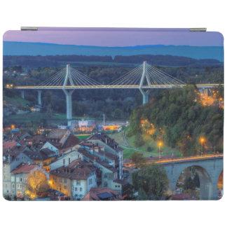 Puente de Poya y de Zaehringen, Fribourg, Suiza Cover De iPad