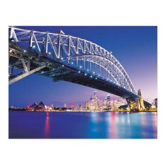 Puente de puerto de Sydney en la noche Australia Postal