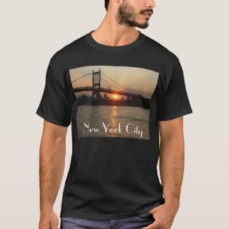 """""""Puente de RFK en camiseta de New York City de la"""