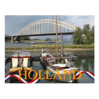 Puente de Waal del río de Holanda y postal de los