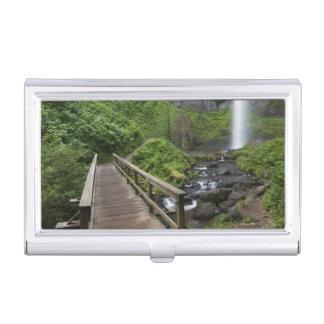 Puente en las caídas de Latourell, garganta del Caja De Tarjetas De Presentación