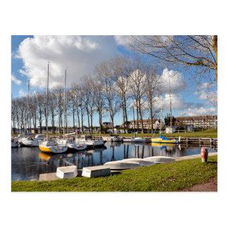 Puerto deportivo de Ouistreham en Francia Postal
