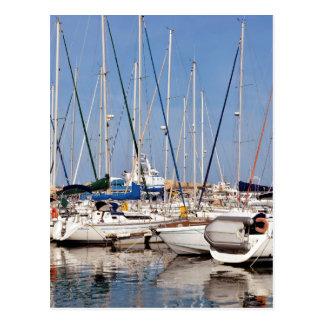 Puerto deportivo de Santo-Cipriano en Francia Postal