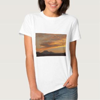 Puesta del sol de Front Range de la montaña rocosa Camiseta