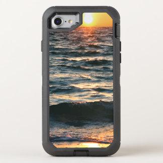 Puesta del sol de la playa del verano funda OtterBox defender para iPhone 8/7