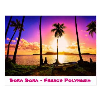 Puesta del sol de la postal en Bora Bora,