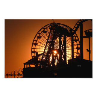 Puesta del sol de Santa Mónica a través de la nori Cojinete